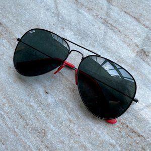 NWT Ferrari Combined Black Sunglasses Ray-Ban 3026